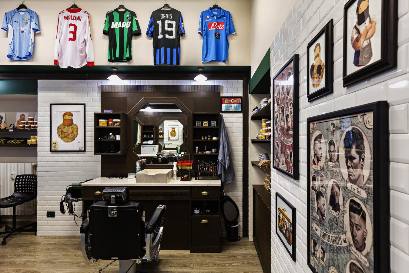 Barber shop barber shop milano for Shop milano